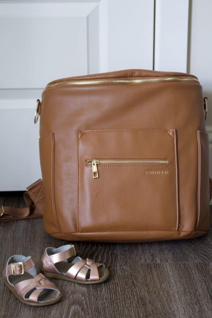Mama Style | My Fawn Design diaper bag review! All about the popular backpack diaper bag made of faux leather with gold hardware. Read why I think this trendy faux leather diaper bag is carried by so many stylish mamas!